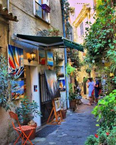 Village mougins, sur al trace des artistes, visite guidée art and tours